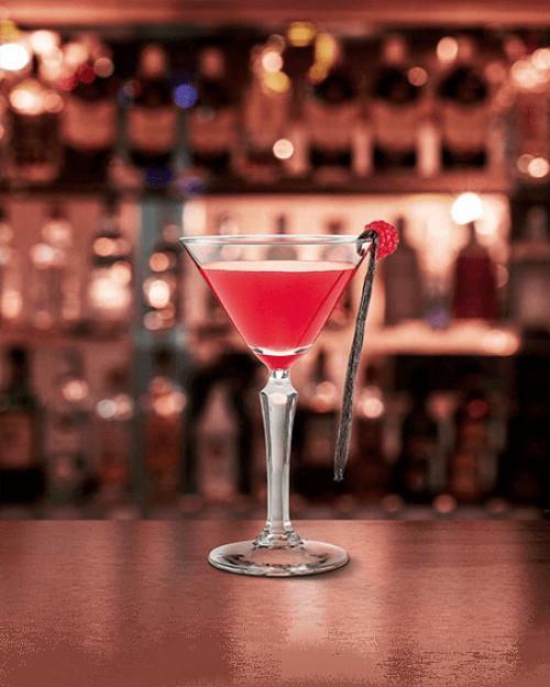 Smoking-Martini-ambientato